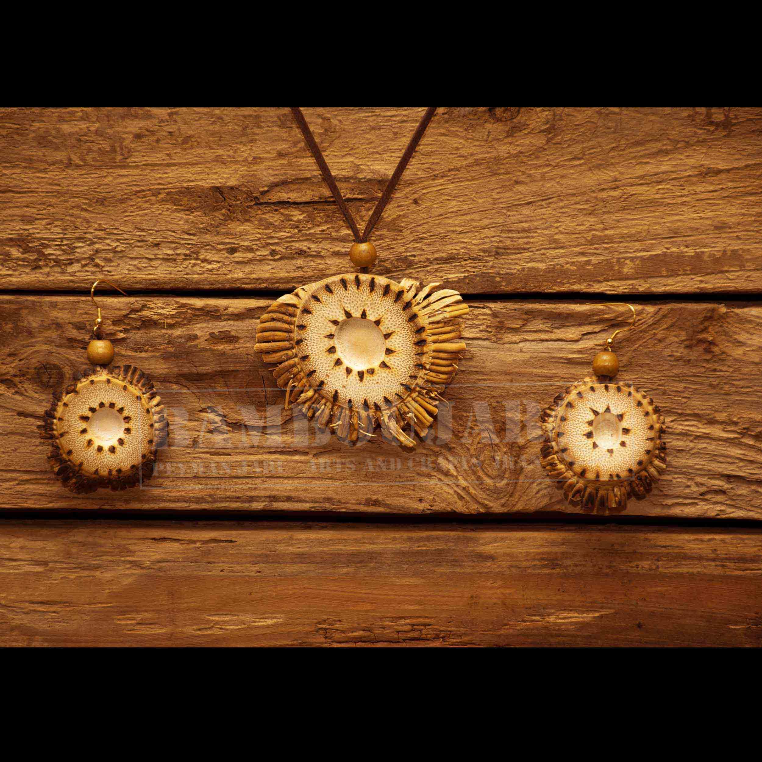 اکسسوری نیم ست بامبو دست ساز بامبو جار کد NiSeBaC3